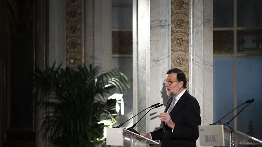 Rajoy cerrará el congreso del PP catalán el 26 de marzo pidiendo diálogo y cumplir la ley