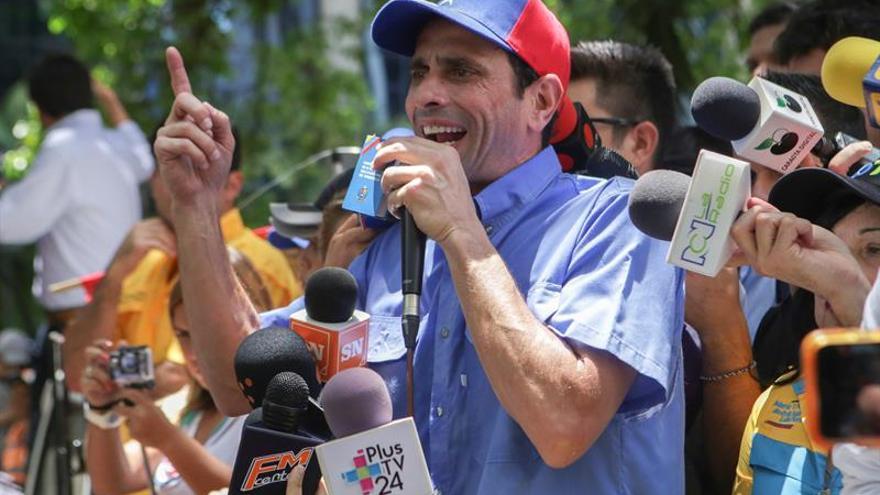 """Capriles anuncia la movilización """"toma de Caracas"""" para pedir el revocatorio"""