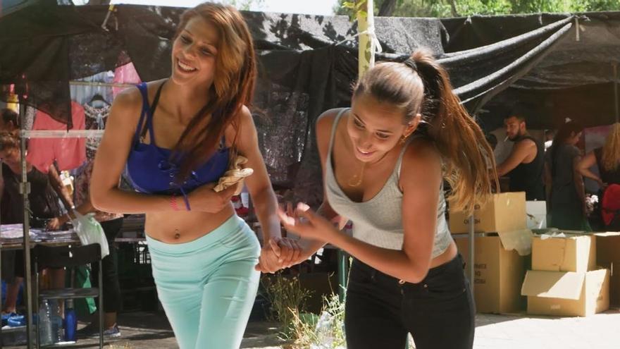 Fotograma de 'Carmen y Lola', una de las películas en cartel