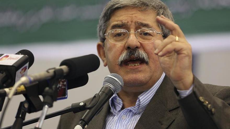 """El primer ministro argelino defiende recurrir a la """"financiación no convencional"""""""