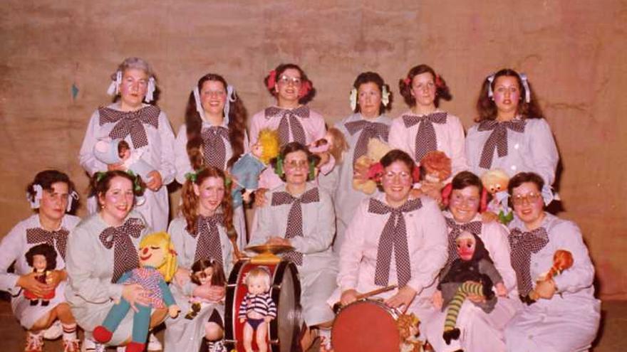 La comparsa de 1980 Las Molondritas