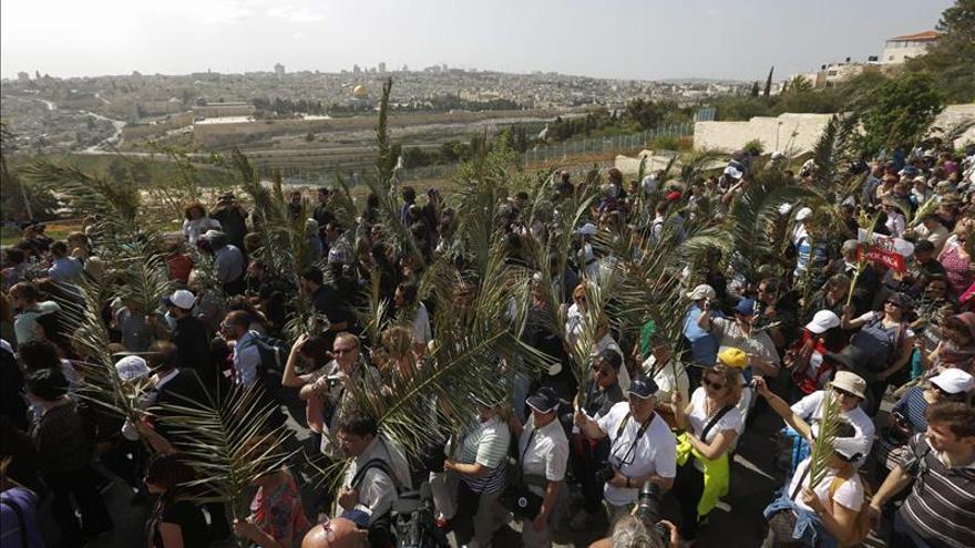 Miles de personas conmemoran en Jerusalén el Domingo de Ramos