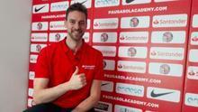 Santander reinventa su apoyo al deporte popular con el campus online de Pau Gasol