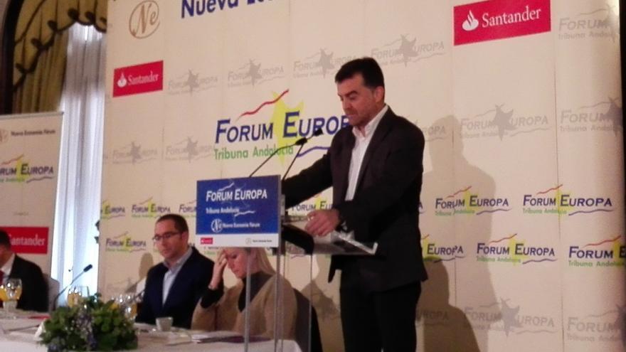 Maíllo pide a Díaz que comparezca en el Parlamento andaluz para dar explicaciones sobre el fraude en la formación