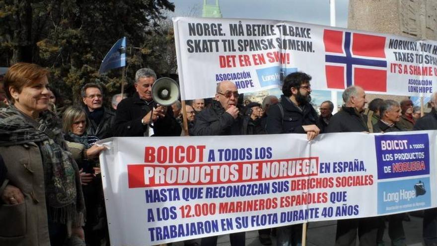 Movilización de marineros gallegos jubilados contra Noruega