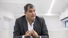 El ex presidente de Ecuador Rafael Correa, condenado a ocho años de cárcel por cohecho