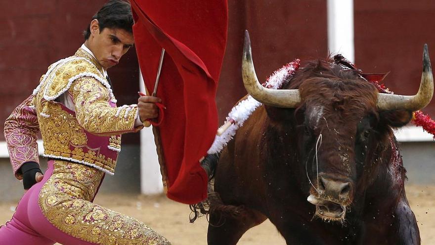 El matador de toros Víctor Barrio realizando esa práctica.