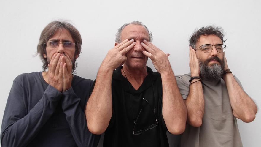 En la imagen, los tres miembros del grupo Nuevas Criaturas.