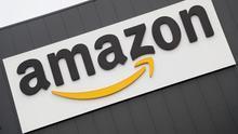 Fotografía de archivo del 22 de noviembre de 2018 muestra el logo del centro de distribución y logística de Amazon.