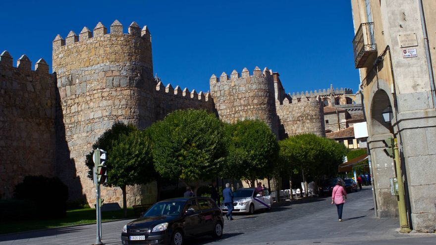 Lienzo este de las murallas de Ávila.