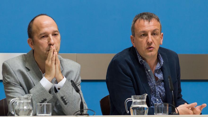 A la izquierda Carmelo Asensio (CHA) y a la derecha Fernando Rivarés (ZeC).