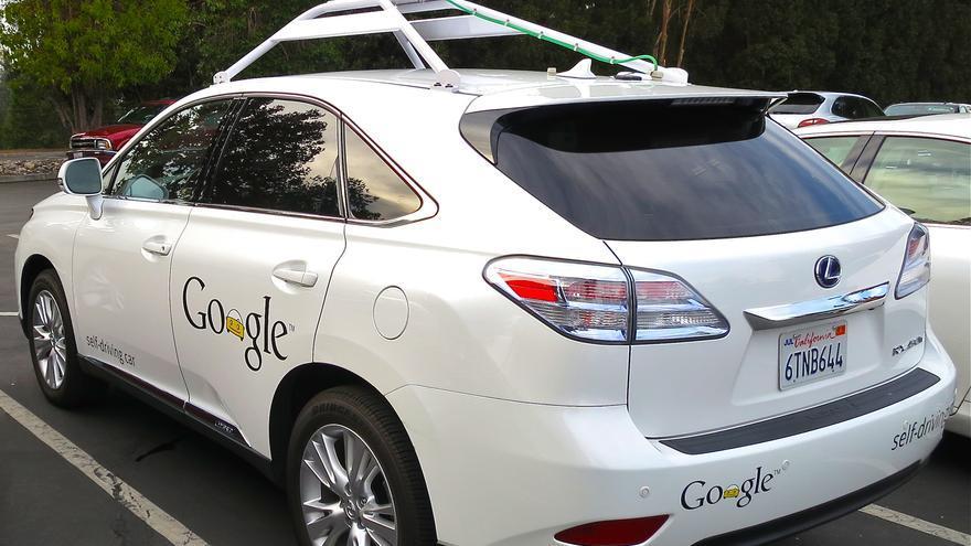 El coche sin conductor de Google aún es un prototipo y la ley no le permite circular por las calles