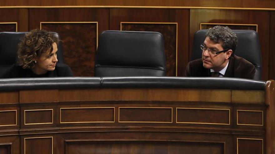 Nadal anuncia un diálogo esta semana en el Parlamento sobre el bono social