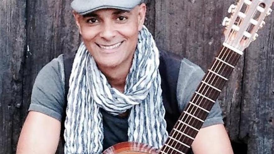 Julio Fowler actuará en el Museo del Puro de Breña Alta.