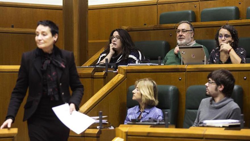 El Parlamento Vasco abre la puerta a una Ley de Memoria Histórica Integral