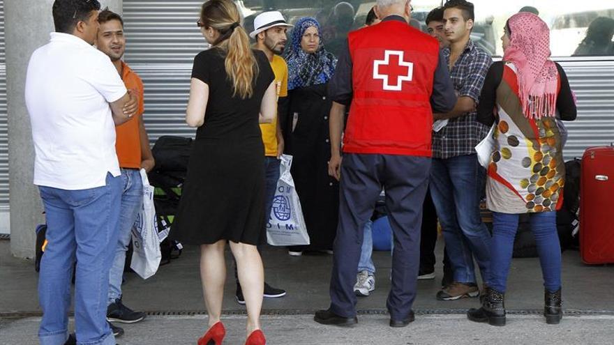 200 refugiados sirios comienzan los trámites en El Líbano para viajar a España