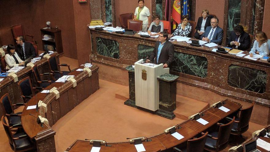 """Andrés Pedreño exige """"respuestas eficaces"""" de las administraciones ante el problema de empleo juvenil"""