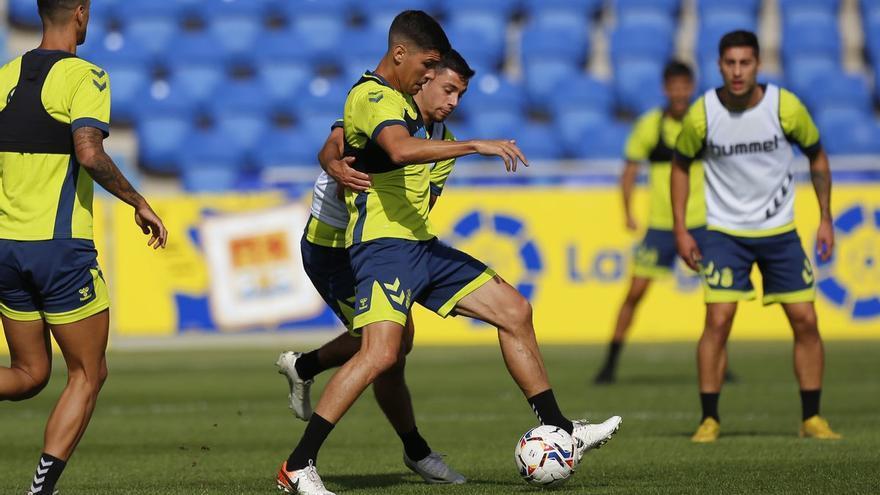 La UD Las Palmas busca la cuarta victoria frente a un necesitado Real Oviedo