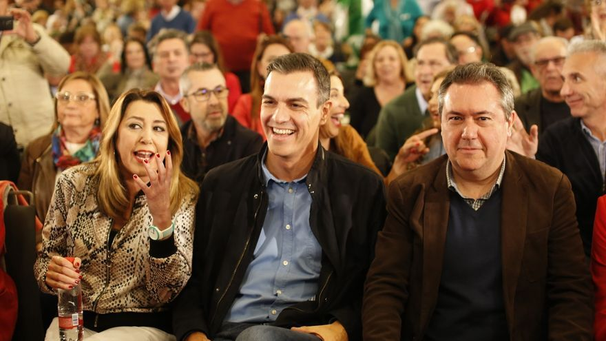 Susana Díaz, Pedro Sánchez y Juan Espadas, durante el acto celebrado en Sevilla