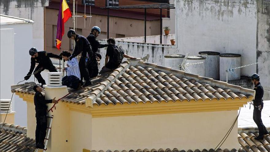 Premian una foto de la Agencia Efe sobre el desahucio de trece familias en Málaga