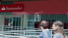 Los grandes bancos tiran de las comisiones para mejorar su negocio ante los bajos intereses