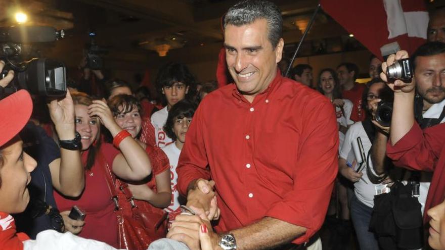 Encuesta da ventaja a Villalta y prevé segunda vuelta en Costa Rica