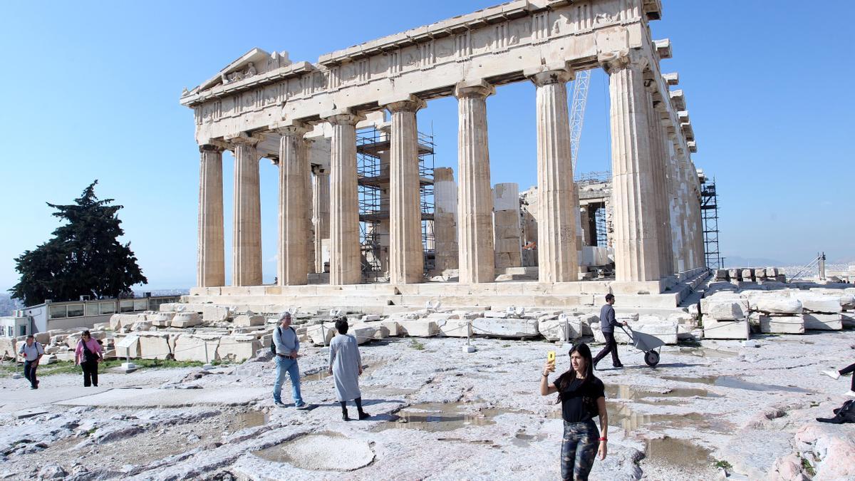 El partenón en Atenas (Grecia) durante la epidemia de coronavirus