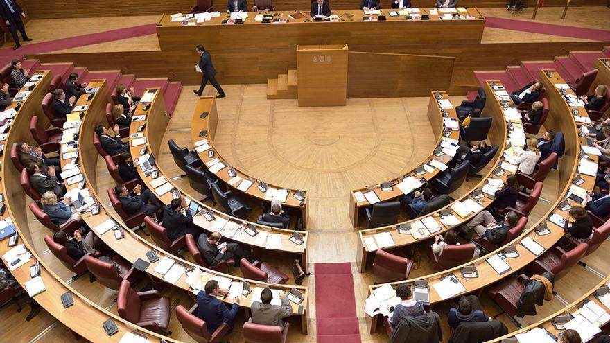 El pleno de las Corts ha aprobado este lunes la Ley de Acompañamiento a los Presupuestos