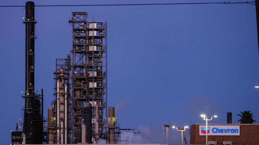 Chevron pierde 4.671 millones de dólares en el primer semestre por la pandemia