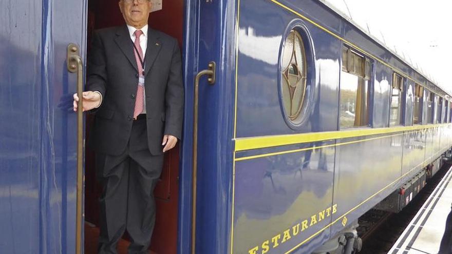 """El tren """"Prestige"""" conmemora el 150 aniversario la línea Ciudad Real-Badajoz"""