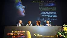 La ministra de Justicia en funciones, Dolores Delgado (2i); el alcalde Agüimes, Oscar Hernández (i); el diputado del Común de Canarias, Rafael Yanes (d); y la jueza y directora del I Congreso Internacional de Género, Auxiliadora Díaz (2d).