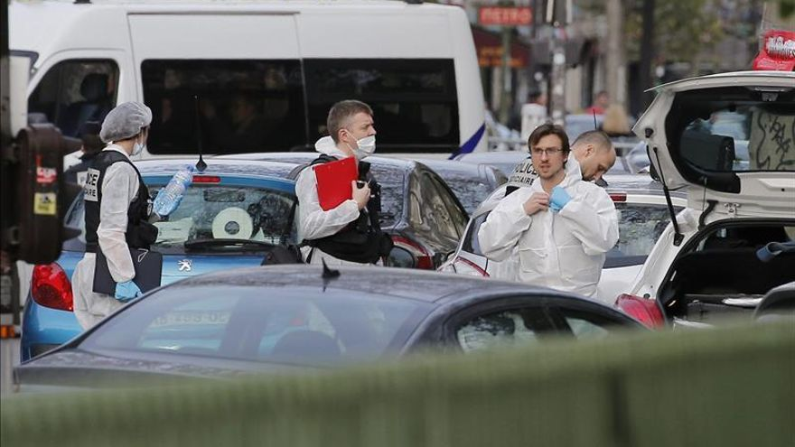 Los hospitales de París han atendido a 300 heridos en los atentados