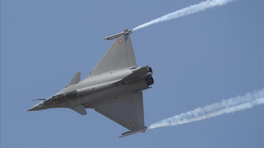Francia vende 24 cazas Rafale a Egipto