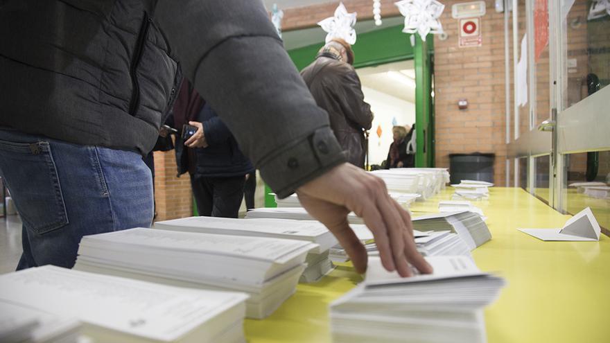 Un colegio electoral en Barcelona, el pasado 21 de diciembre.