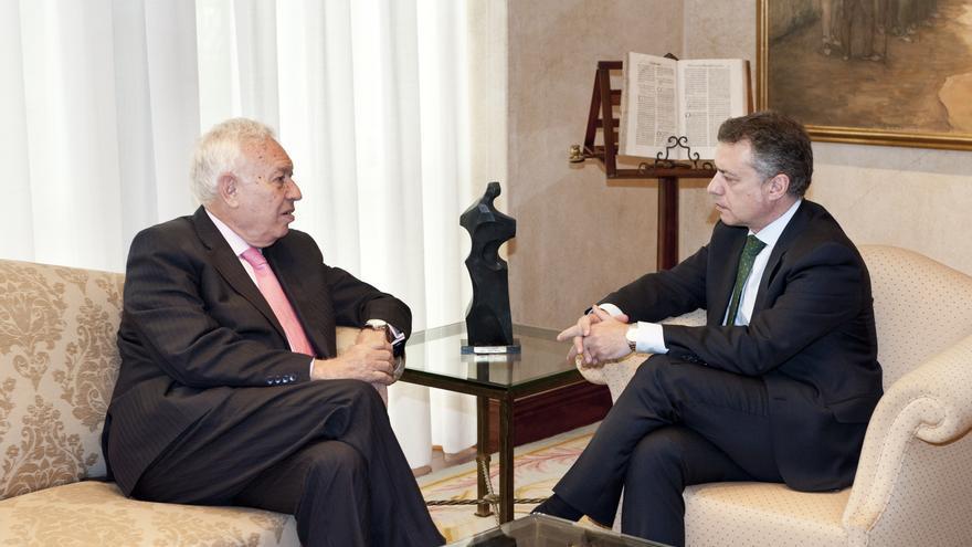 Margallo analiza con el Gobierno vasco el encaje de Euskadi en la  política exterior española