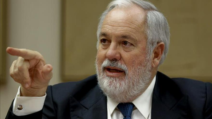 López Istúriz apuesta por Arias Cañete para encabezar la lista europea del PP