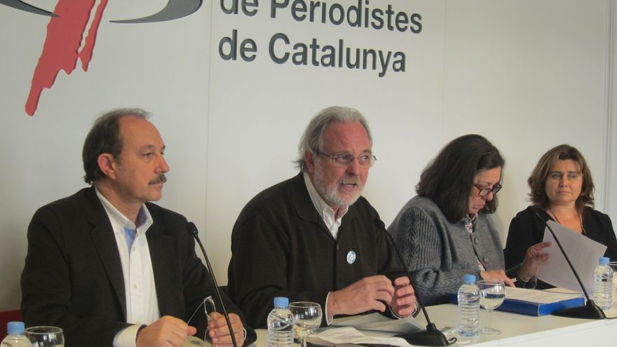 Activistas por la paz piden una Cataluña independiente sin ejército y fuera de la OTAN