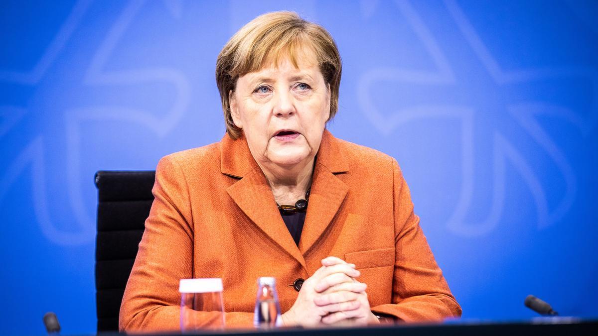 La canciller alemana, Angela Merkel, en una videoconferencia con los presidentes de los landers.