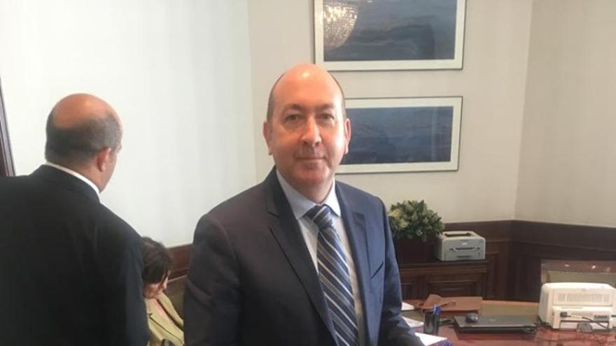 Alejandro Soler durante la toma de posesión como diputado