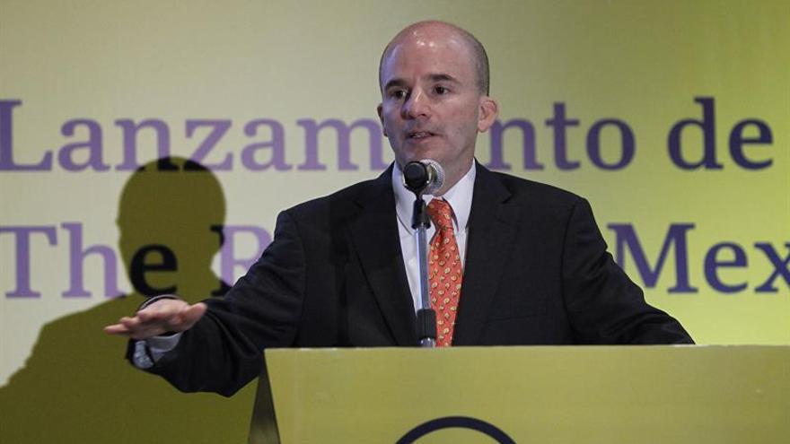 """Ministro de Hacienda aboga por una transición """"ordenada y exitosa"""" en México"""
