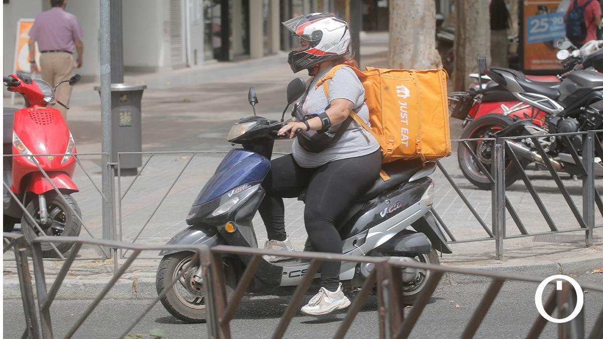 Riders en reparto por Córdoba