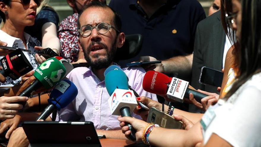 """Podemos critica la """"rectificación"""" del Gobierno sobre el Valle de los Caídos"""