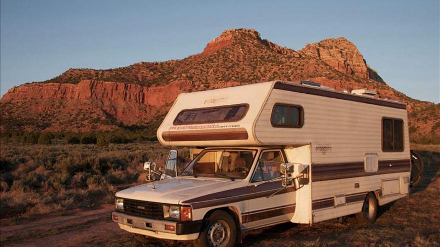 Caravana, cámara y 2.000 millas a la búsqueda de raíces españolas en EE.UU.