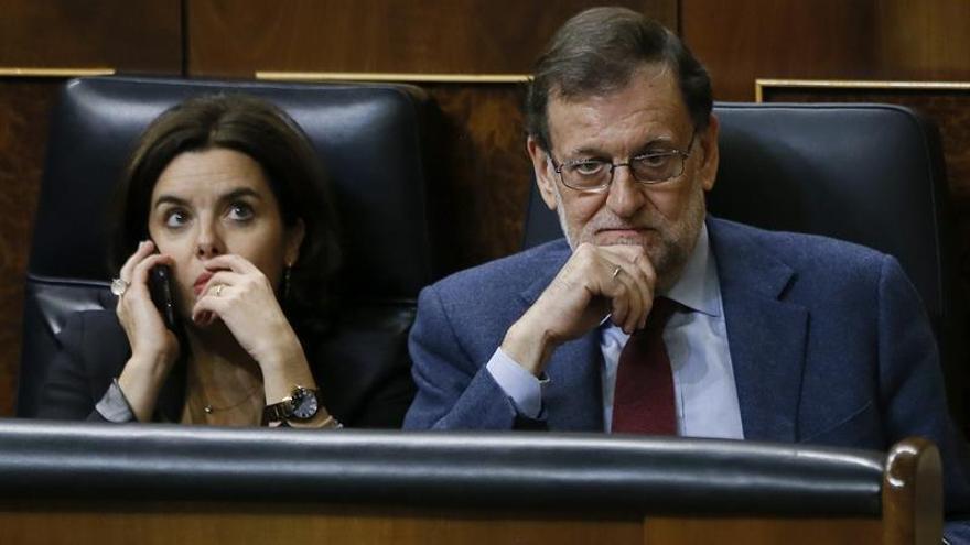 Rajoy al PSOE: Decir que en España hay problema para manifestarse es una broma