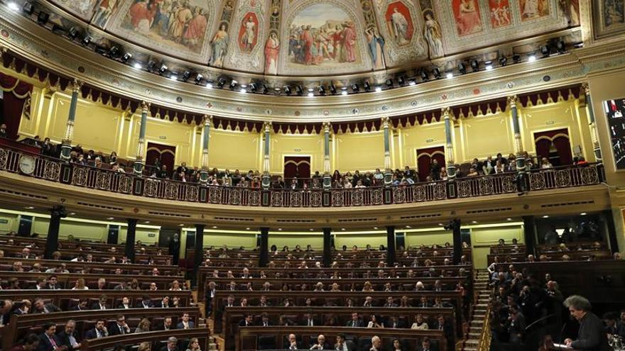 El Congreso aprueba hoy llevar al Gobierno al TC por negarse a ser controlado