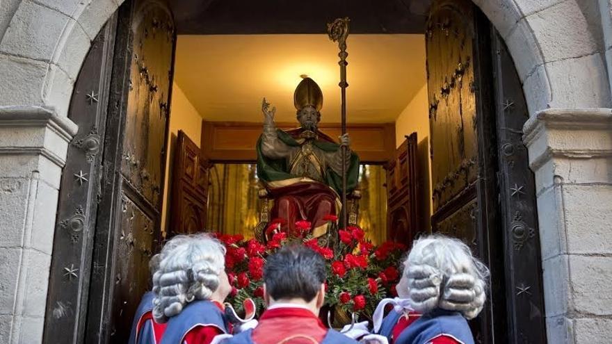 La salida de la corporación del Ayuntamiento y la procesión en honor a San Saturnino se adelantan un cuarto de hora