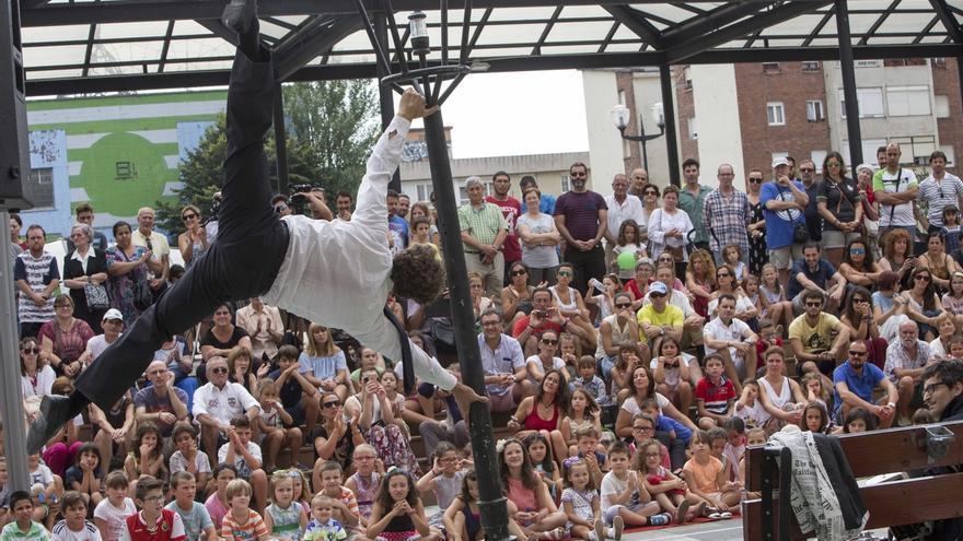 Cerca de 8.000 espectadores disfrutaron del primer Festival Internacional de Circo