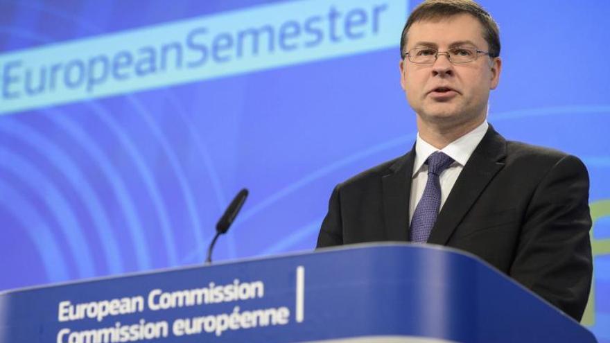 La CE muestra su disposición a colaborar con el Gobierno que se forme en España
