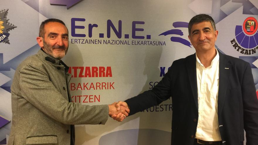 El líder del sindicato ErNE, Roberto Seijo (derecha), junto al que se perfila como su sucesor y actual 'número dos', José Luis Moreno.