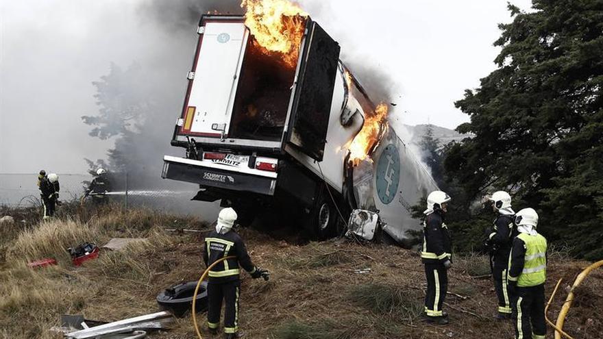 Cinco fallecidos en cuatro accidentes de tráfico durante este fin de semana